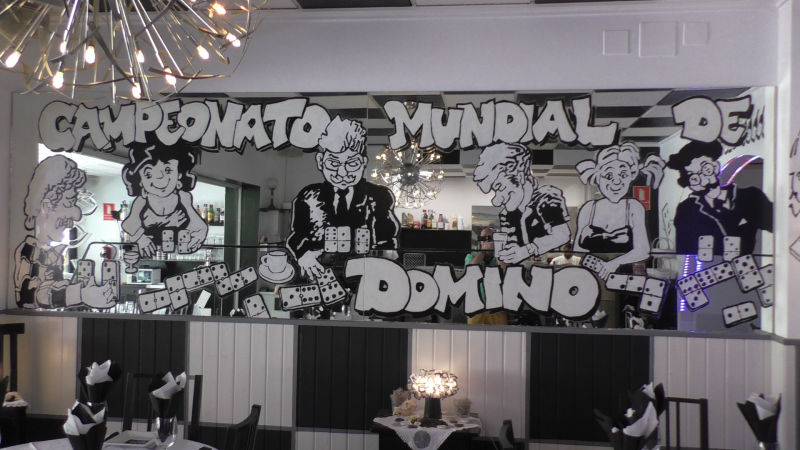 Domino Cafe & Restaurante Albir