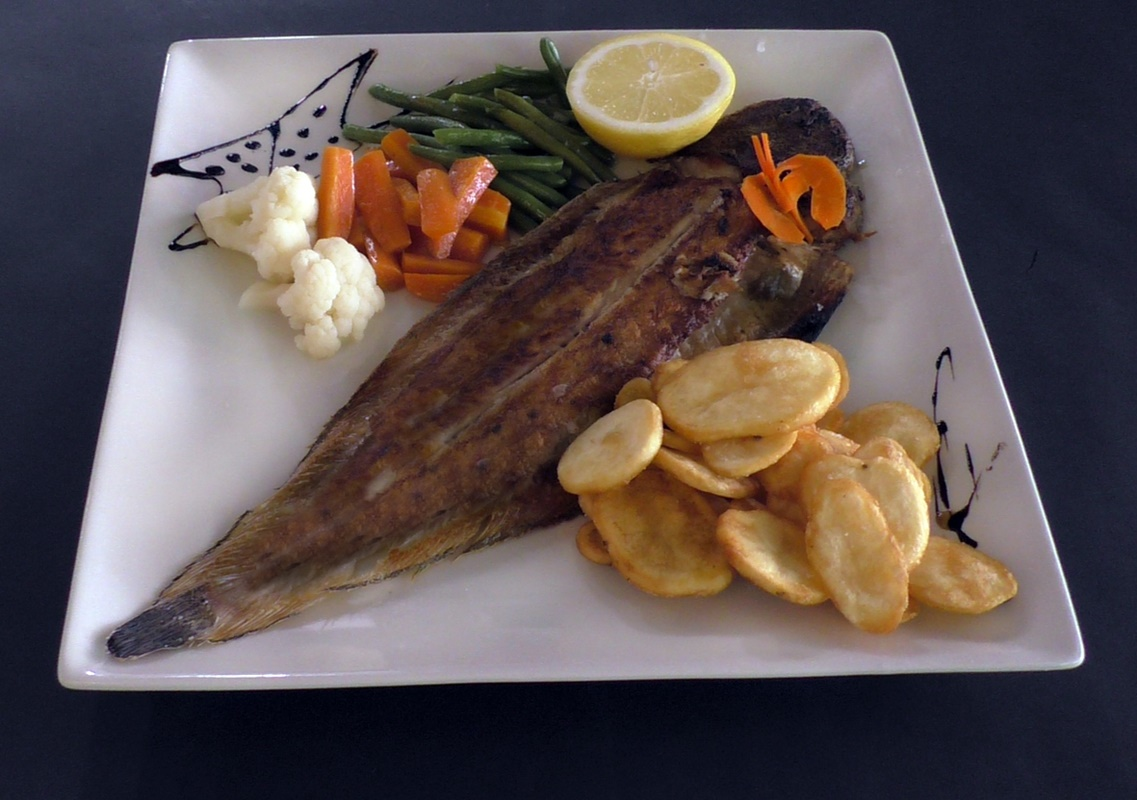 Domino Cafe & Restaurante Albir - Fish Delicacies
